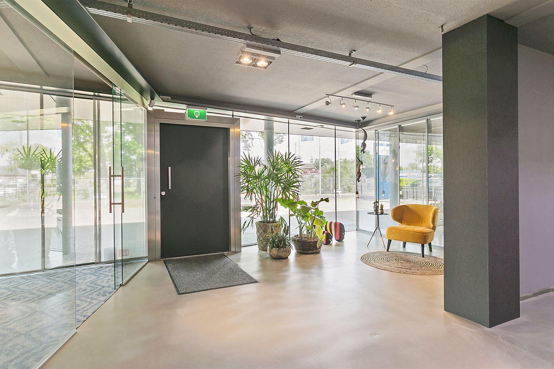 Bekijk foto 3 van Rooseindsestraat 56