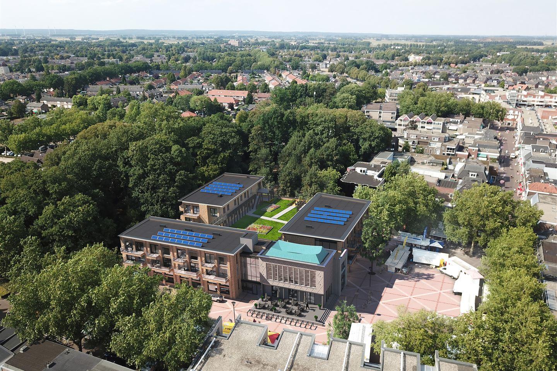 Bekijk foto 5 van Raadhuisplein 1