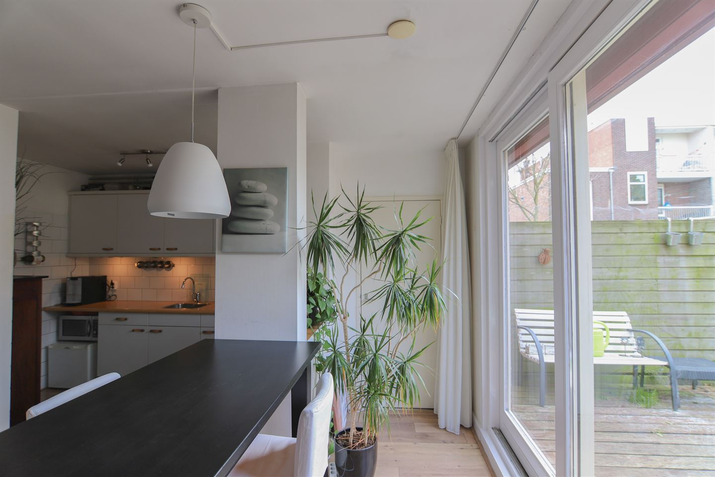 View photo 4 of dr. Abraham Kuyperstraat 25