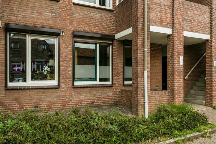 Pastoor Janssenstraat 13