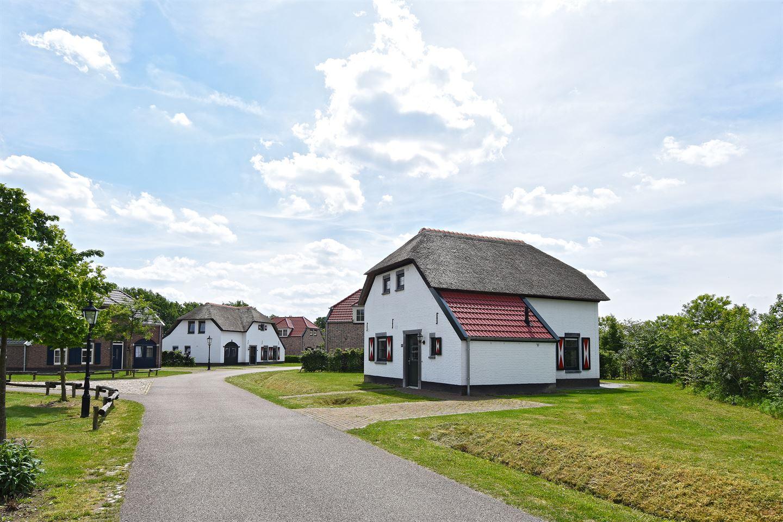 Bekijk foto 5 van Buitenhof de Leistert 133