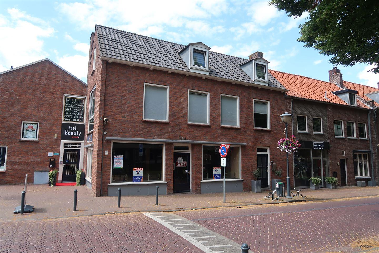 Bekijk foto 1 van Voorstraat 52