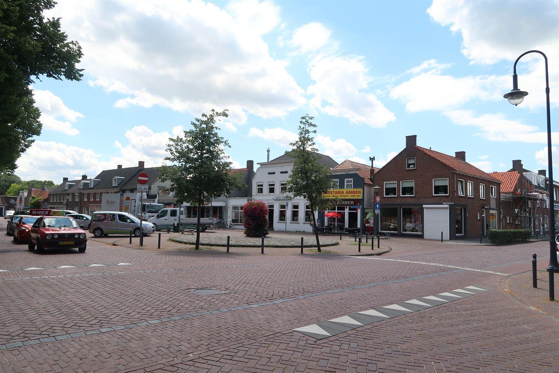 Bekijk foto 2 van Voorstraat 52