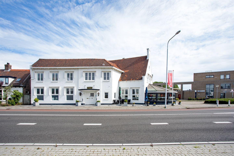 Bekijk foto 2 van v.d.Spiegelstraat 104