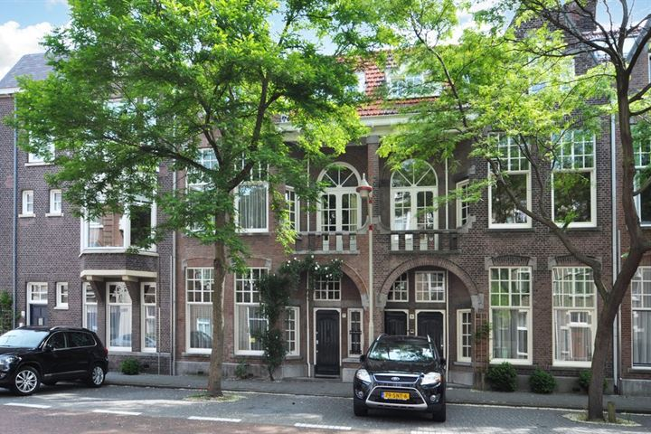 Bachmanstraat 7