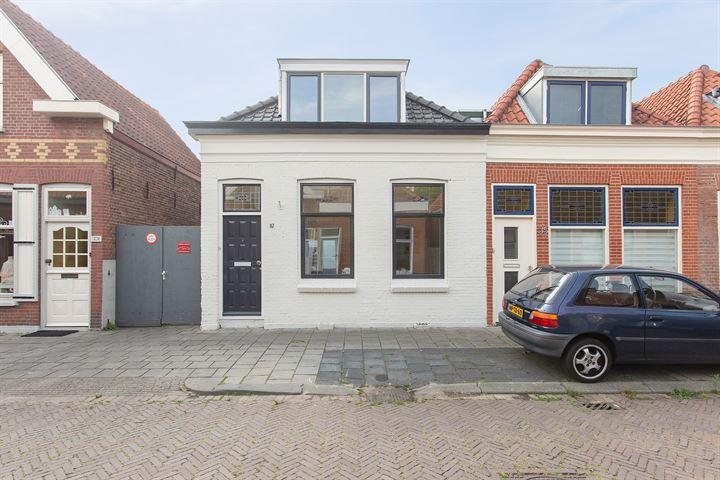 Komatistraat 37