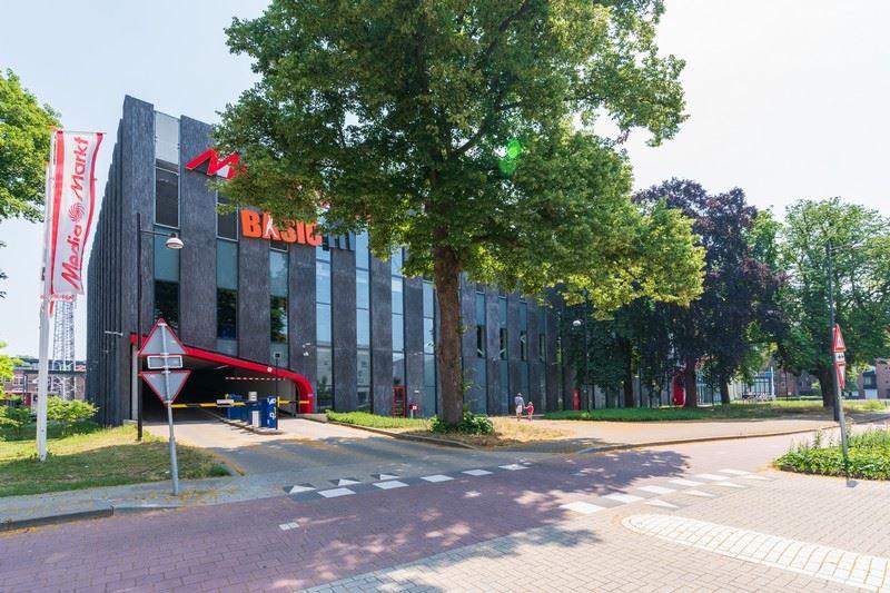 Bekijk foto 4 van Burgemeester van Nispenstraat 18 A