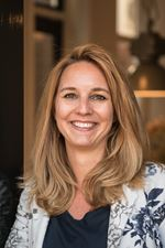 Claire Verweij (Office manager)