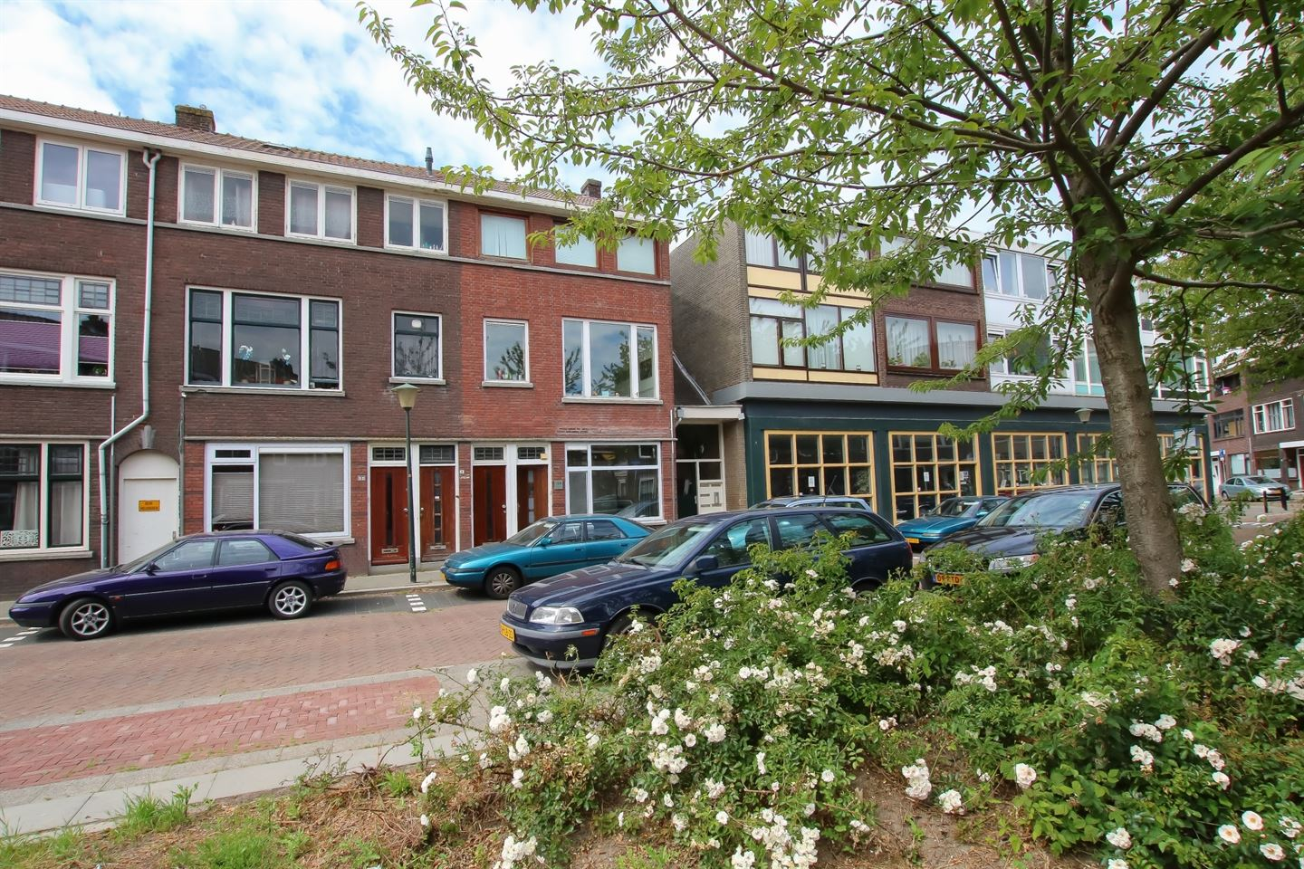 View photo 1 of Bachstraat 15