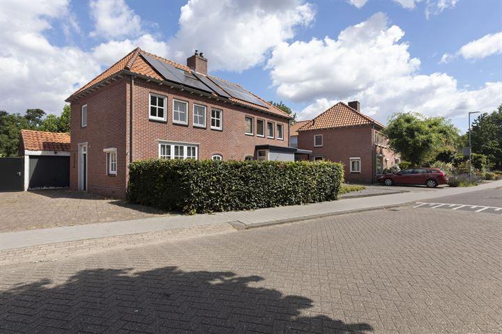 Thomas van Diessenstraat 23