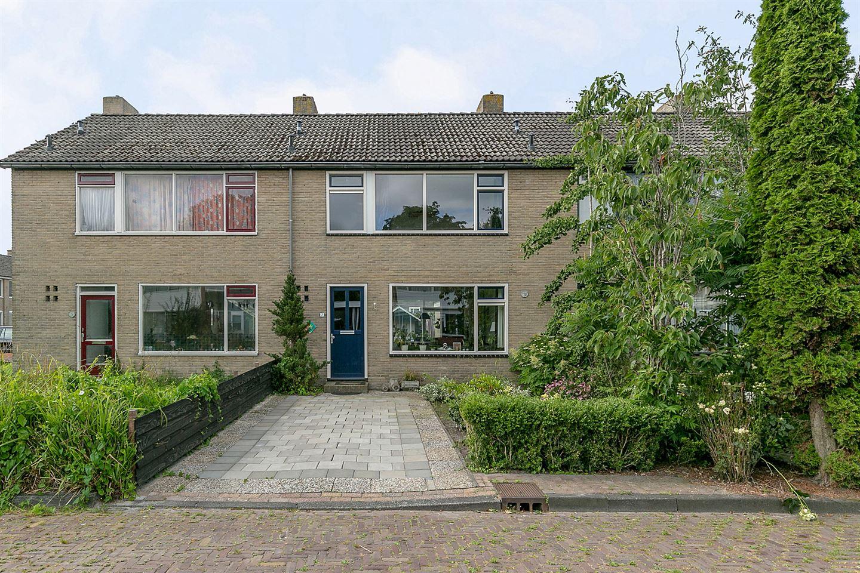 Bekijk foto 1 van Van der Veldestrjitte 7