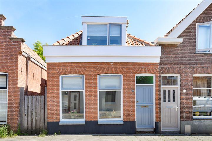 Komatistraat 40