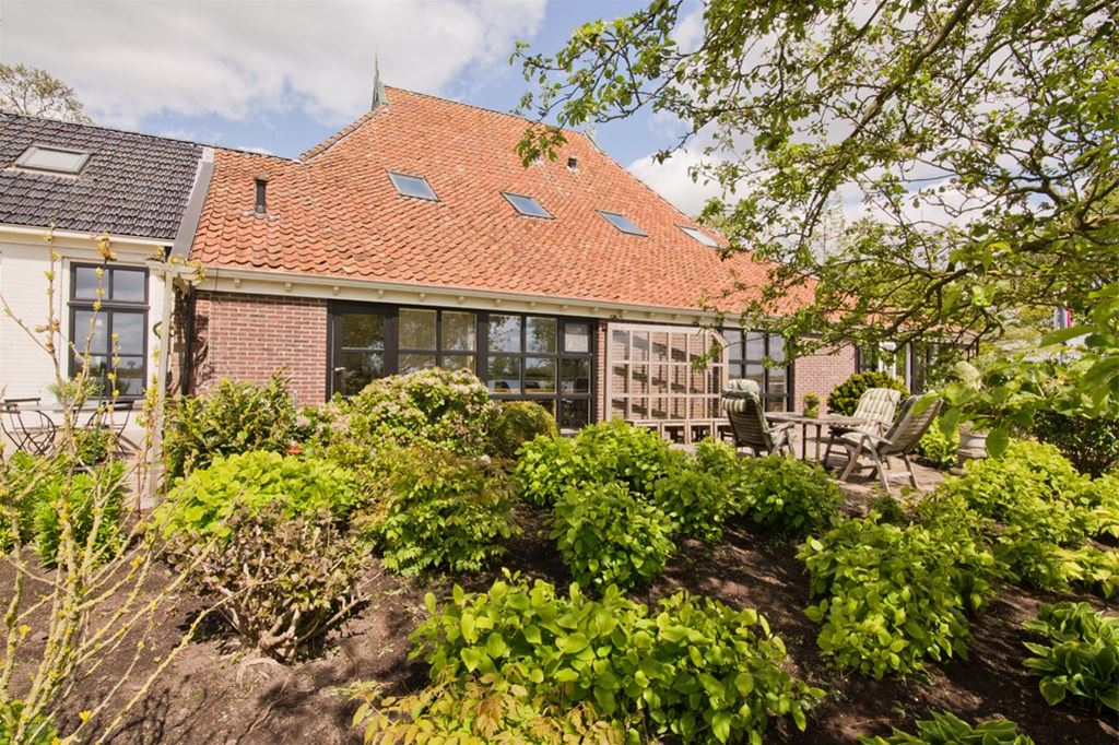 View photo 3 of Leechlân 12 a