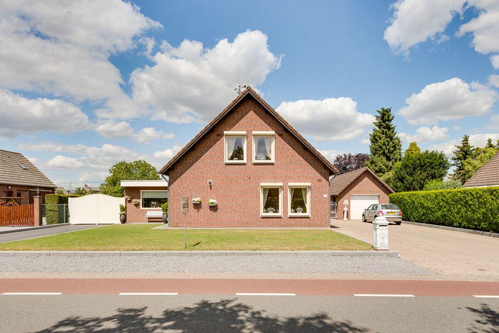 View photo 1 of Venloseweg 127