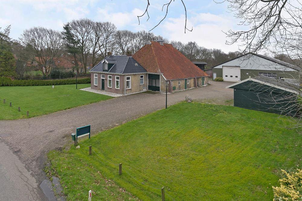 Bekijk foto 1 van Wolvegasterweg 63