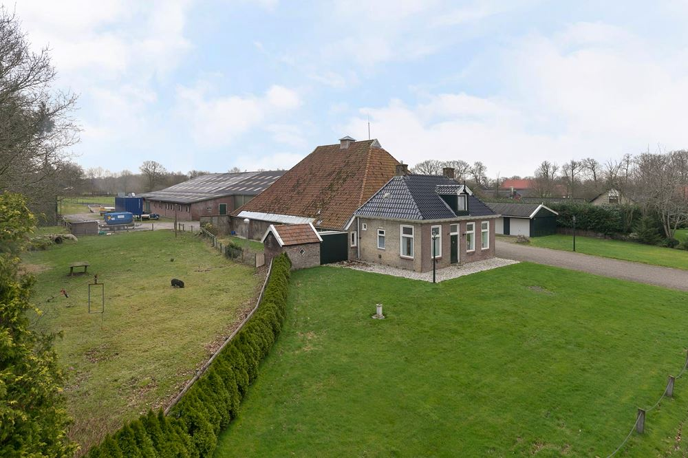 Bekijk foto 2 van Wolvegasterweg 63