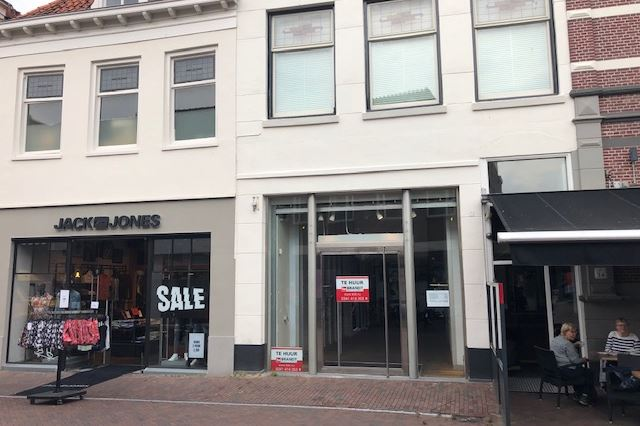 Bekijk foto 1 van Donkerstraat 61