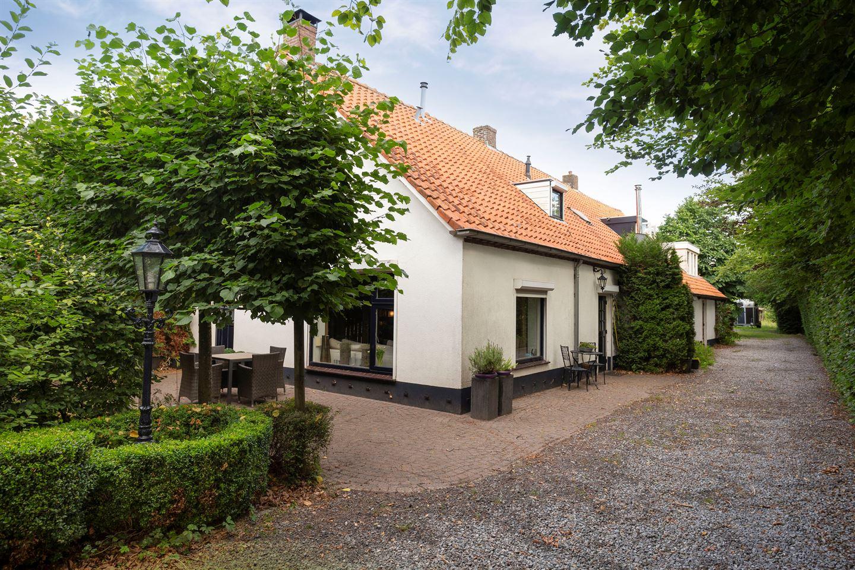 Bekijk foto 1 van Oostrikkerweg 2