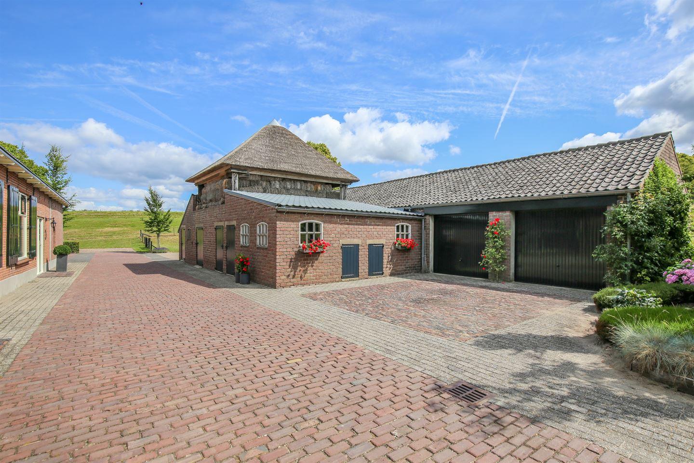 View photo 7 of Lekdijk West 12 -13