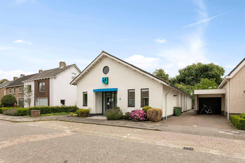 Bekijk foto 5 van Neerhofstraat 8 voor