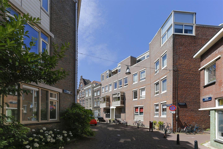 Bekijk foto 1 van Voorstraat 9