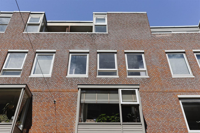 Bekijk foto 2 van Voorstraat 9