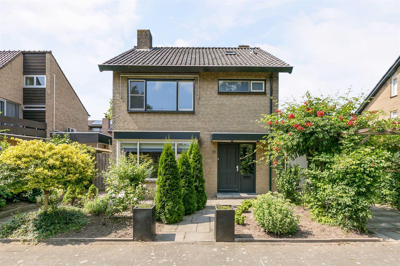 Bekijk foto 1 van Van Polanenstraat 8