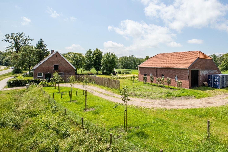Bekijk foto 3 van Rucphenseweg 39
