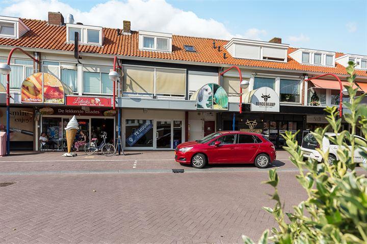 Burgemeester van Baarstraat 12, Volendam