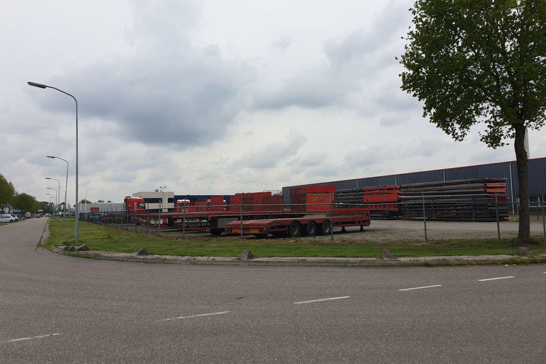 Bekijk foto 3 van Willem Barentszstraat 4
