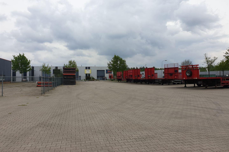 Bekijk foto 5 van Willem Barentszstraat 4