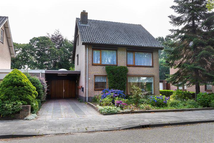 Jan Oomenstraat 42