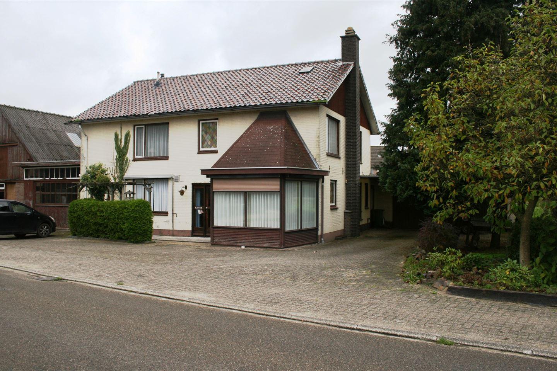 Bekijk foto 3 van Flessenbergerweg 53