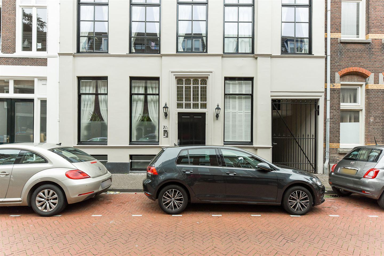 Bekijk foto 2 van Willemstraat 7