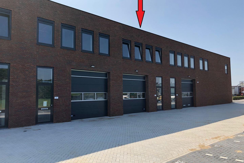 Bekijk foto 2 van J.G. van der Stoopweg 22
