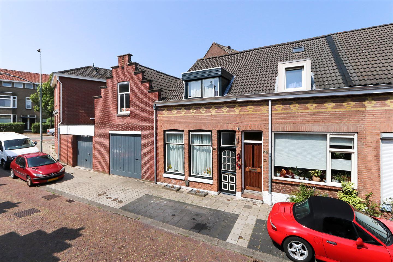 Bekijk foto 1 van Oranjestraat 37