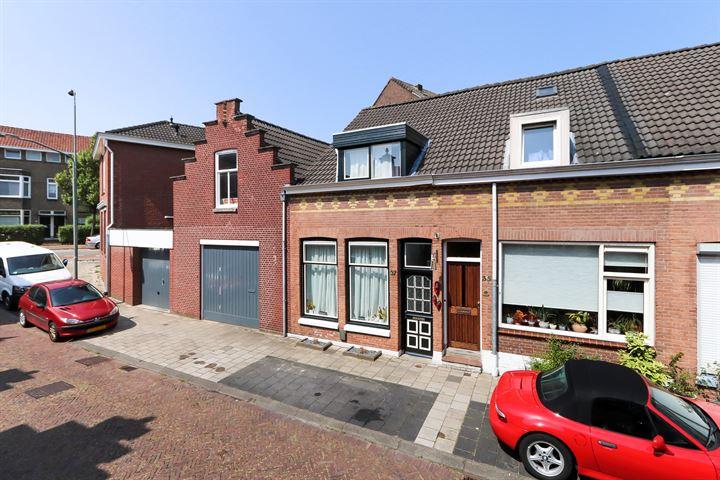 Oranjestraat 37