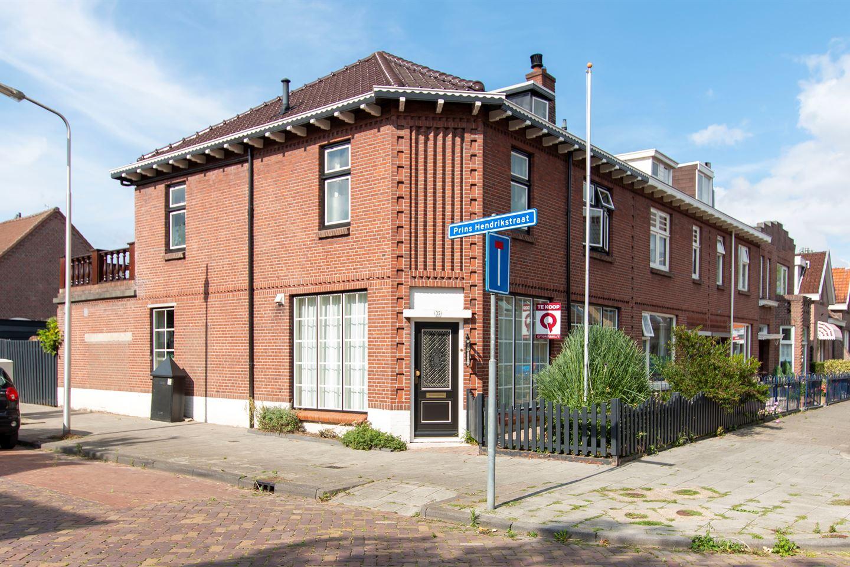 Bekijk foto 1 van Prins Hendrikstraat 35