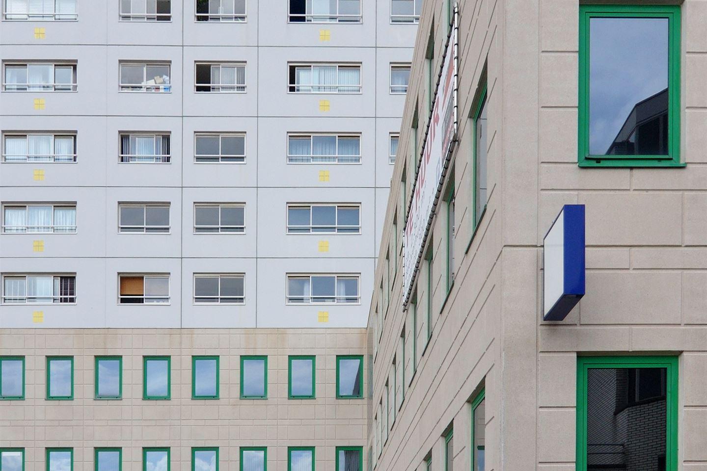 Bekijk foto 4 van Zuidplein 2-18