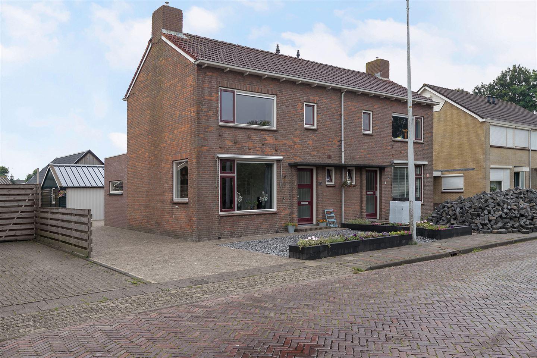 Bekijk foto 2 van Badweg 29