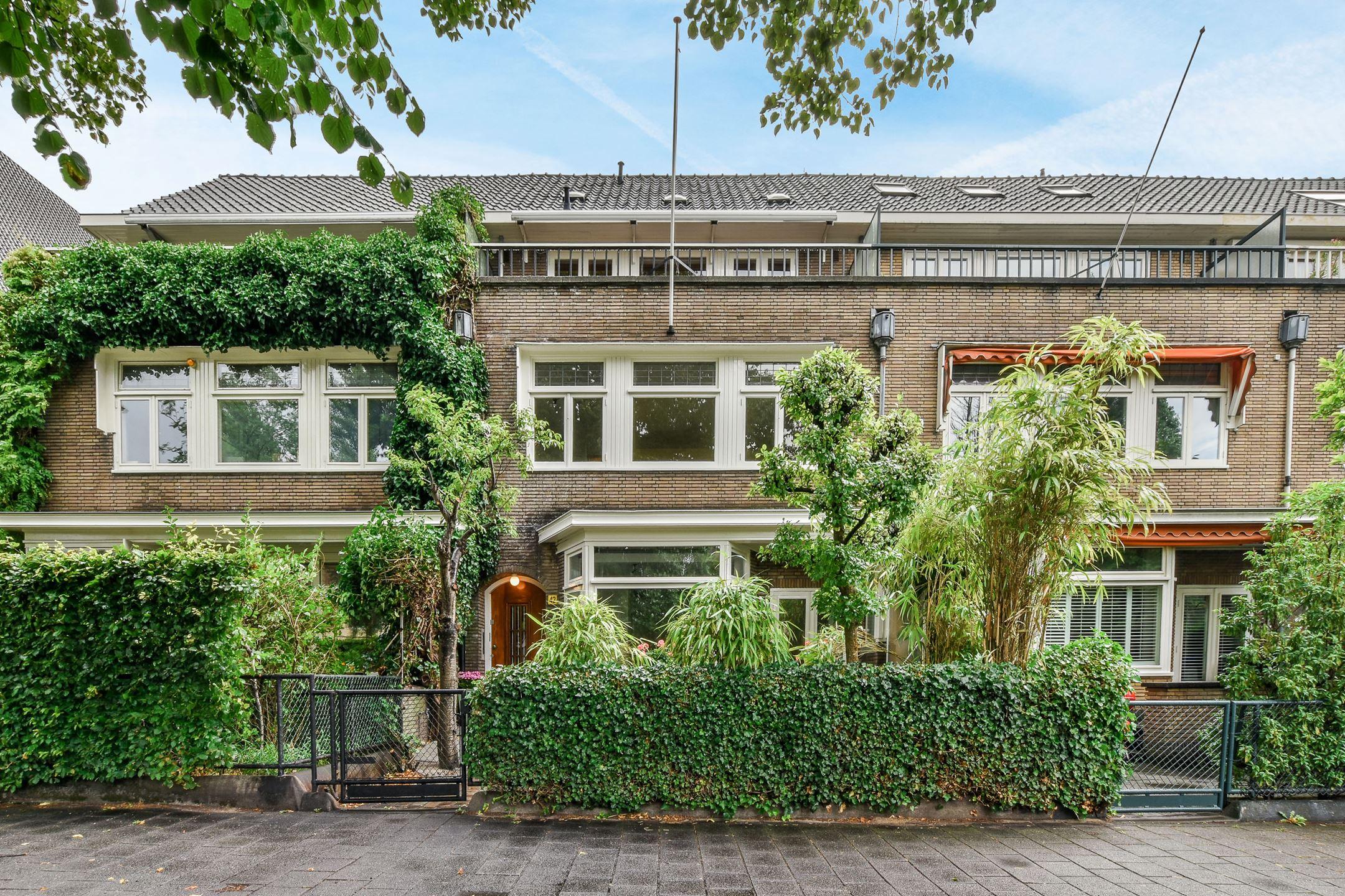 Een niet afgewerkte tussenwoning in Amsterdam en dat voor maar 2 miljoen euro