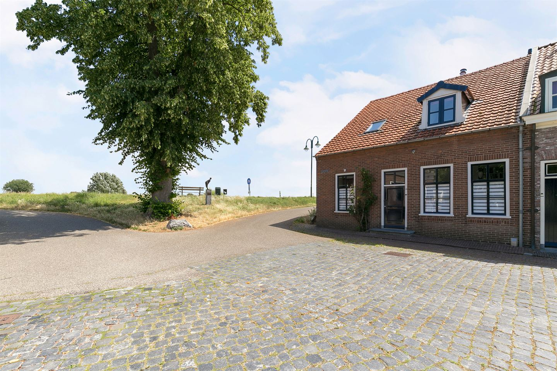 Bekijk foto 7 van Kloosterstraat 30