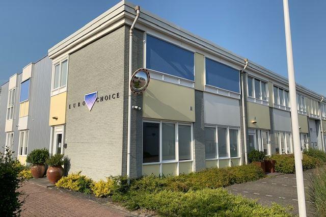 Bekijk foto 2 van Castorweg 50 52