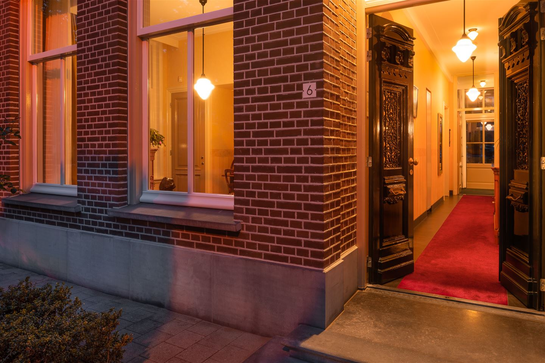 View photo 4 of Haarsteegsestraat 6