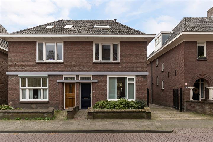 Peperstraat 12