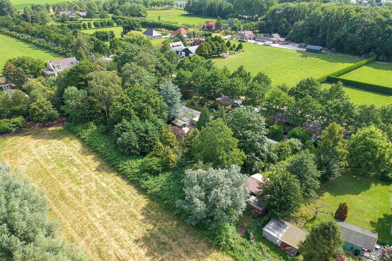 Bekijk foto 1 van Vredenburghweg