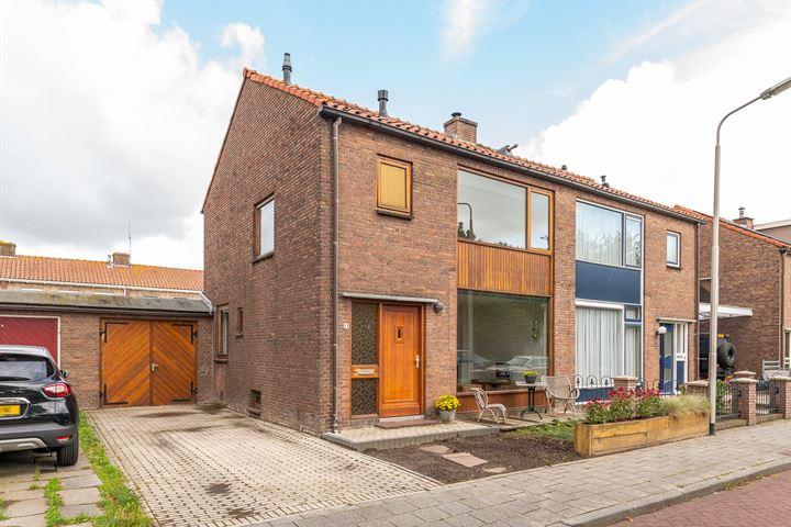 Beatrixstraat 11