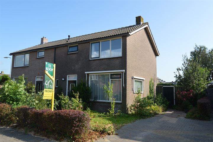 Pastoor Lemeerstraat 15