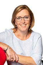 Saskia van den Broek (Sales employee)