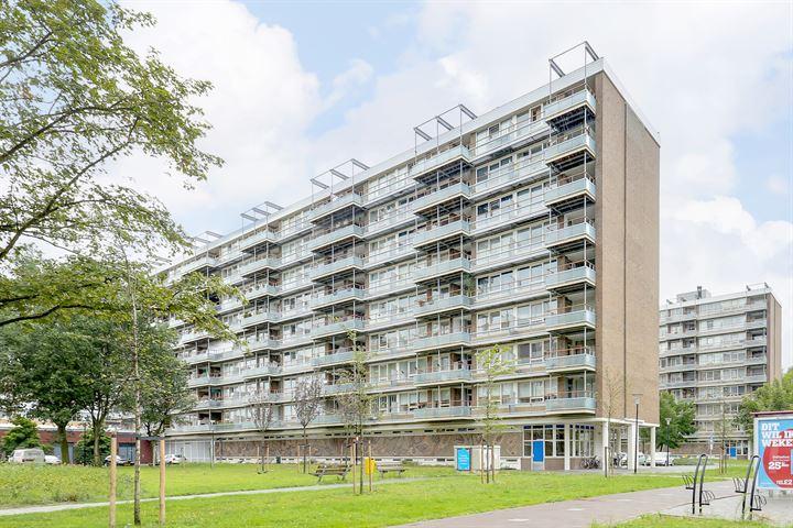 Uiverhof 16
